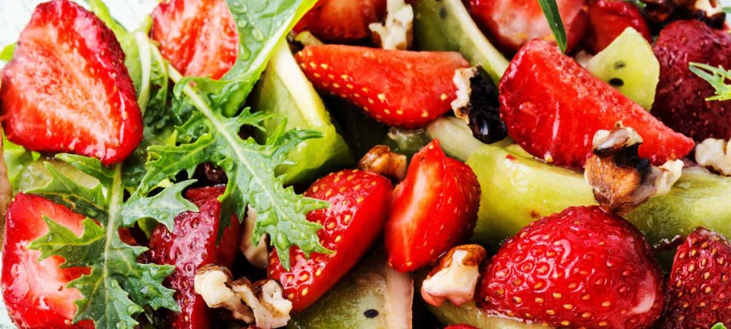 recipe-zucchini-fennel-strawberry-salad